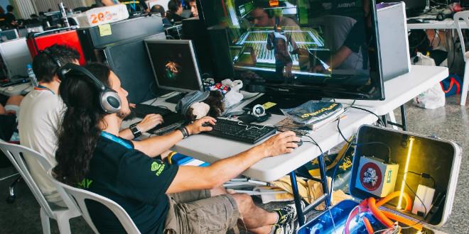 Nace Playeek, la primera universidad 'online' de deportes electrónicos