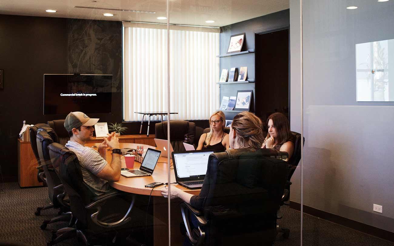 Horizontalidad, empoderamiento y comunicación: la empresa del futuro es social