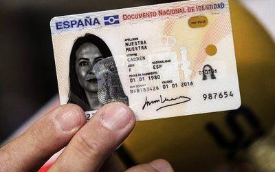DNIe: el documento nacional de identificación y autenticación electrónico.